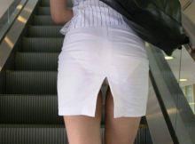 誰か教えてくれっ!パンチラ見やすくする以外の目的が分からないスカートのコレwwwww