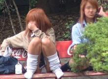 【JK盗撮】また流行ってほしい!女子高生のダラシない生足にルーズソックスって最高にエロいよなwww