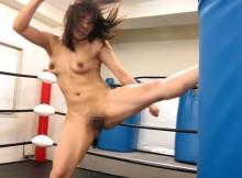 この蹴りはヤバいwww女子格闘家のエロ画像がなんかすげーぞwww