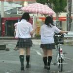 【街撮りJk】雨降る日のJKから漂う色気が興奮するンゴwww