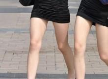 暖かくなると増える!限界まで露出した美脚のお姉さんの街撮り画像www