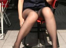 【街撮りOL】タイトスカートの足元ってホント色っぽいよなwwwリクルートスーツのOLパンチラ画像