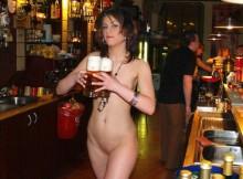 【※全裸注意※】ドイツのヌード・バーがすげぇぇぇぇ!!※画像あり