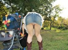 子連れママさんのスカートが短すぎてチ●ポが痛いwwwww
