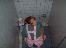 【女子トイレ盗撮】調子にのりすぎた覗き魔の末路wwwww