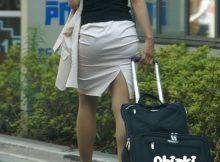 丸みを帯びた大きなお尻が超色っぽい!タイトスカートがパツンパツンの巨尻OL街撮り画像