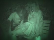 最新の赤外線カメラってすげーなwww暗闇に隠れたつもりでまる見えな素人カップルの野外エ●チだぁwww(15枚)