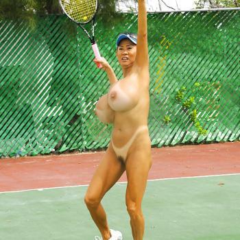 【全裸スポーツエロ画像】陽気な外国人の全裸スポーツがアホすぎて笑いながらチンポ勃つわwww その5