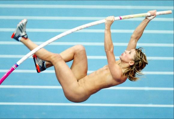 【全裸スポーツエロ画像】陽気な外国人の全裸スポーツがアホすぎて笑いながらチンポ勃つわwww その12