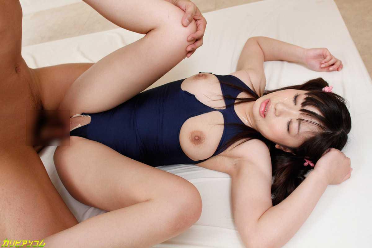 【スク水SEXエロ画像】スクール水着をきせたままズラしてチンポ挿れる着衣SEXが勃起しすぎてチンポがいてーwww その5