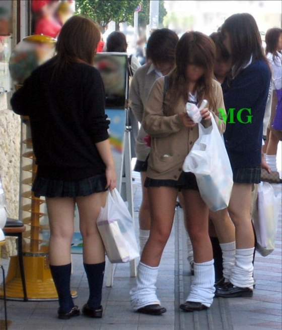 【ビッチJKエロ画像】100%非処女!とっくに膜は貫通済みな女子高生…見てるだけでチンポがビンビンですよwww その3