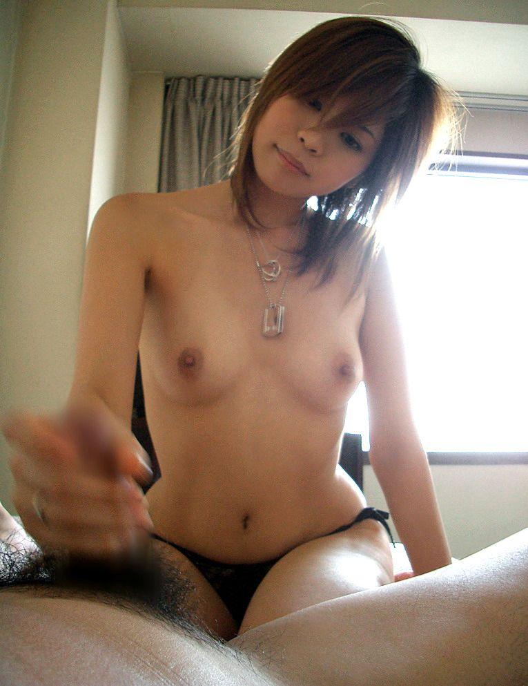 【素人手コキエロ画像】チンポ中毒に陥った彼女の手コキが尋常じゃないんだがwwww その4