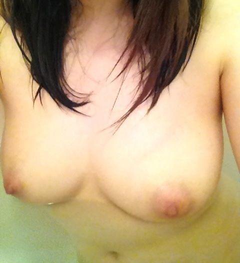 【お風呂なうエロ画像】未成年女子に多いお風呂なう!自宅のお風呂で撮った自撮りヌードが強烈にエロいンゴwww その11