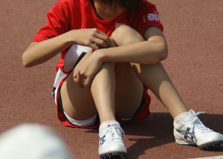 【陸上女子パンチラエロ画像】ムチムチの下半身が強烈www女子陸上選手のユニホームから覗くアンスコがぐぅエロwww その3