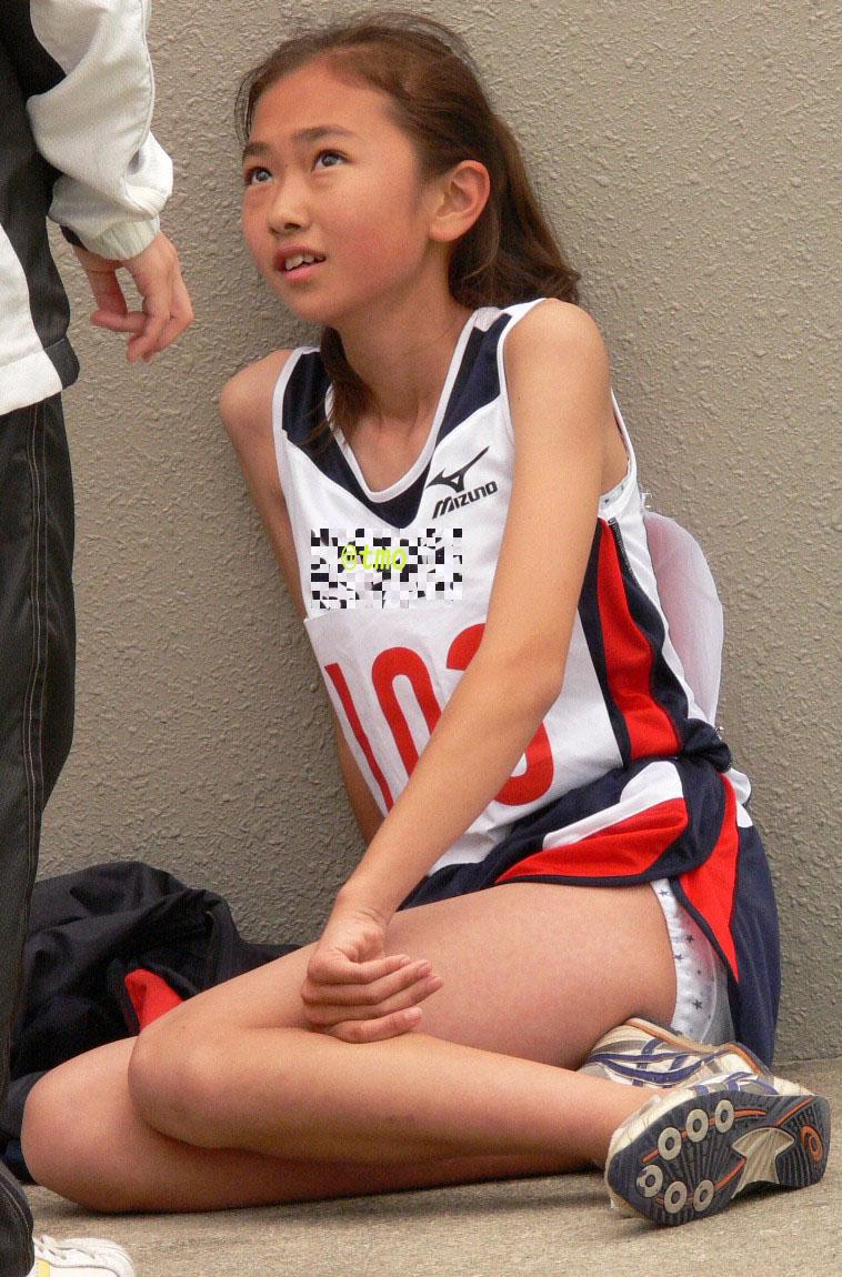 【陸上女子パンチラエロ画像】ムチムチの下半身が強烈www女子陸上選手のユニホームから覗くアンスコがぐぅエロwww その5