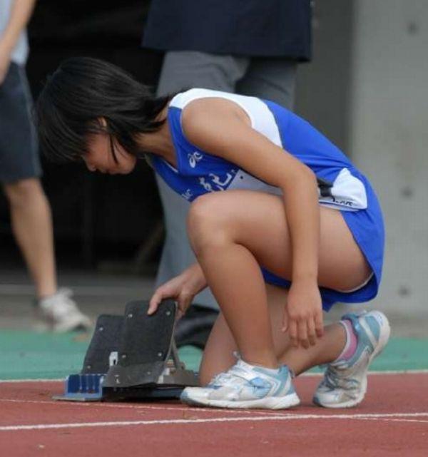 【陸上女子パンチラエロ画像】ムチムチの下半身が強烈www女子陸上選手のユニホームから覗くアンスコがぐぅエロwww その8