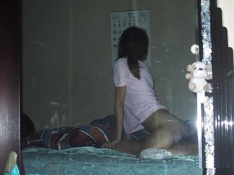 【素人ハメ撮り流出エロ画像】容赦ねーなwww別れた元カレに晒された素人娘のプライベートセックス その2