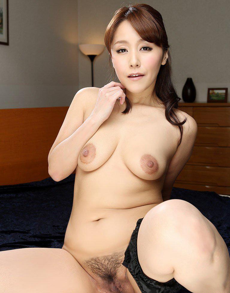 【熟女垂れ乳エロ画像】BBAマニアがチンポおっ勃てて興奮する熟女の垂れ乳…おっぱい吸われすぎてしぼんでるwww その9