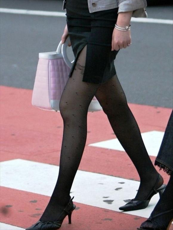 【タイトスカートエロ画像】脚の綺麗なOLさんのタイトスカートがヤバいwwwこんなんレイプしてしまいそうwww その11