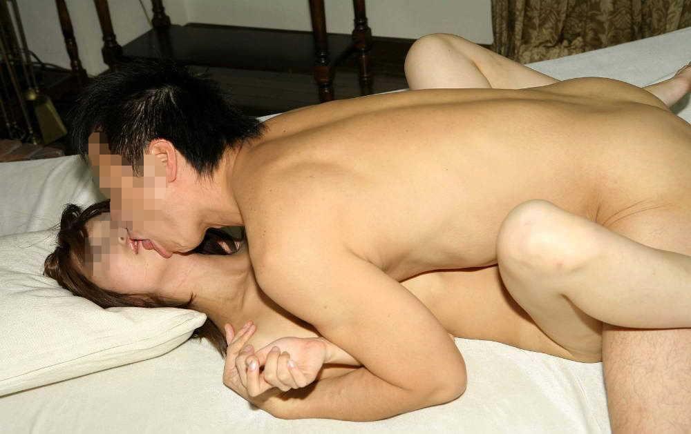 【ベロチューSEXエロ画像】今すぐセックスしてー!挿入しながら舌を絡め合うベロチューセックスが羨ましすぎるwwww その10