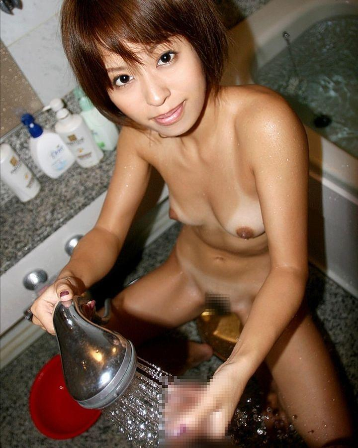 え~と…俺の彼女は風俗嬢かな?風呂場でチンポを扱う手つきが尋常じゃないんだかwww その15