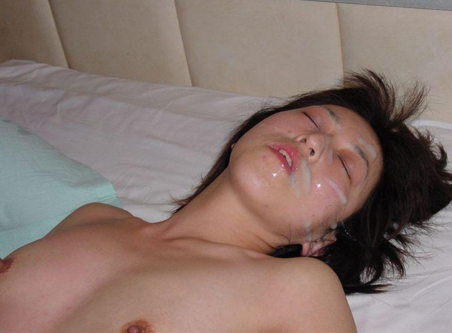 これがヤリ捨て女のご尊顔wwwwww恋人相手には出来ないガン射されたシロウト小娘wwwwww