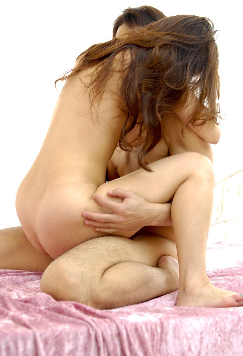 【対面座位エロ画像】密着感に興奮した女が野獣と化す対面座位のセクロスってエロいよなぁwww その8