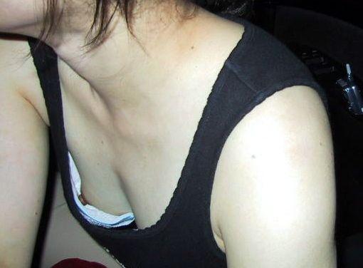 アダルト画像3次元 - 本気で生乳性感帯発見したらめっちゃ逆撫でするぞ!!!?ひんぬー娘の胸チラが凄い!!!!!!!!