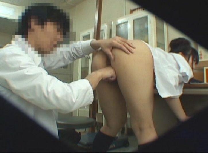 医療行為という名を語り歪んだ性欲をぶち撒ける内科医が撮ったおなにー用の映像が凄いwwwwwwww