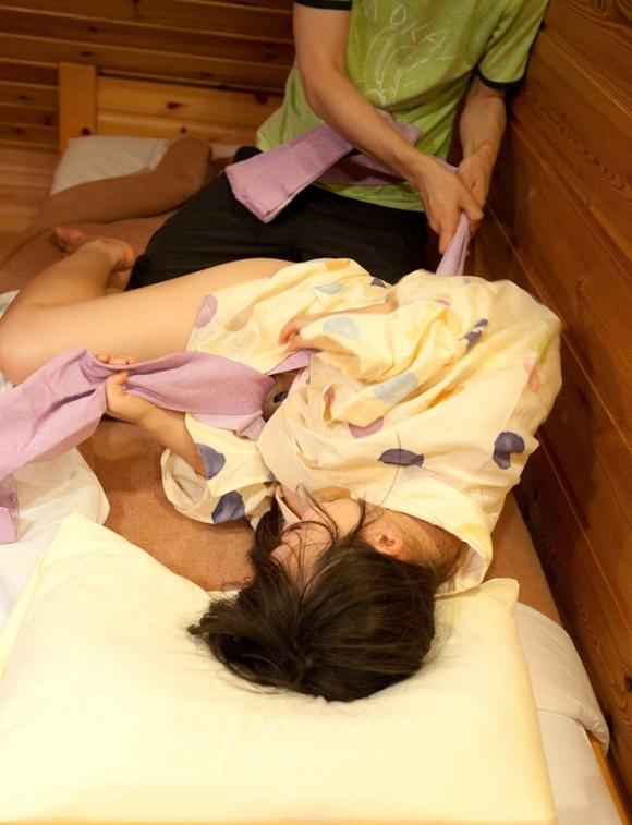 【浴衣着衣SEXエロ画像】乱れた浴衣がレイプみたいで興奮する着衣SEX! その3