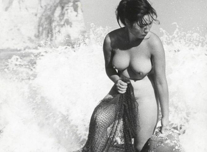 昭和の海女さんすげーwwwwwwww哀愁漂う写真なのにお乳まる出しでワロタwwwwww