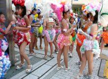 【サンバエロ画像】5月と言えば神戸まつり!小さな子供たちも過激な衣装で踊りまくるサンバにおとーさん感激wwww(15枚)