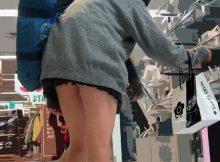 【ミニスカJKエロ画像】お尻まで見えそうなミニスカ!街中で隠し撮りされた女子●生の後ろ姿が無防備過ぎてチ○ポビンビン!(15枚)