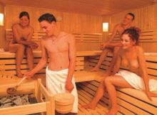 【海外サウナエロ画像】勃起不可避…本場フィンランドのサウナは全裸の男女が混浴ってマジなの??