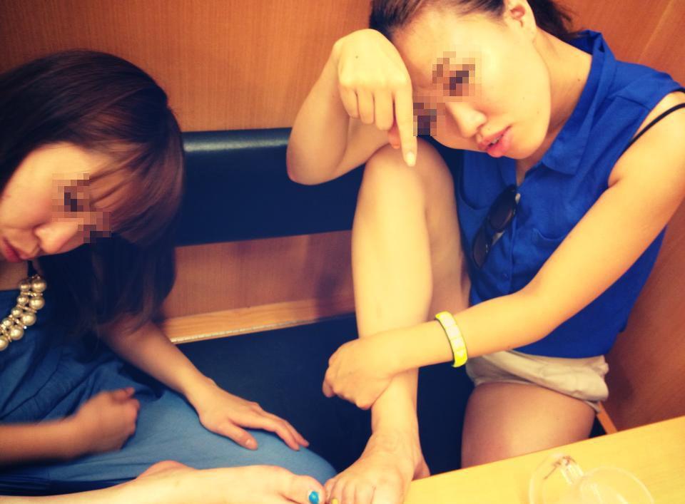 【リア充ビッチインスタ画像】リア充女子達がインスタに投稿したスナップ写真から漂うビッチ臭がたまらねーなwwww