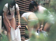 【着替え盗撮画像】野外なのに平然と着替える女の子たち…尋常じゃなく興奮する盗撮画像