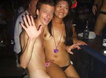 """【連れ出し自由】タイ・フィリピン辺りで人気の風俗""""ゴーゴーバー""""、好きな娘選んで一晩数千円とかコレもう永住不可避"""