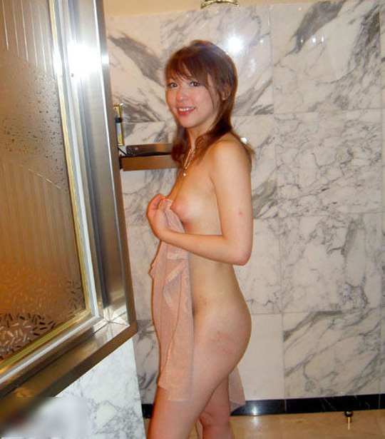 これがラブホで撮られたリア充女子…セフレや彼氏に裏切られネットに晒されたリ●ンジポルノ画像