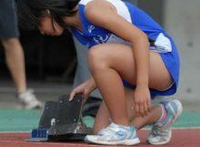【女子陸上エロ画像】まだ幼い肉体を包むユニホームがたまらない!!スポーツの秋は女子陸上画像でムラムラしようずww
