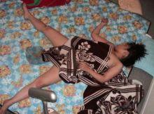 【おねしょエ●画像】泥酔した女の末路…恥ずかしくて絶対バレたくない寝小便wwww