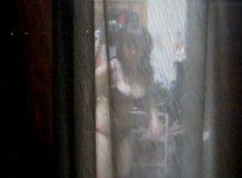 【民家盗撮エロ画像】望遠レンズで覗いたベランダ…素人娘の私生活がまる見え民家盗撮画像wwww