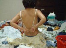 【家庭内エロ画像】リアルな生活感がちょー興奮するネットに流出した家庭内のエロ画像…だらしない生活をおくる素人の裸体がエロいww