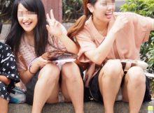 【集合パンチラエロ画像】これはリアル!青春の恥ずかしい思い出…友達と一緒に撮った集合写真でやらしかたパンチラ画像