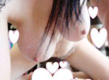 【自撮りエロ画像】素人らしい柔らか乳房が激エロ!精神を病んだ自撮り女神が撮ったエチエチなおっぱい画像