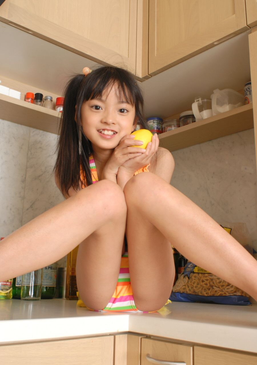 【Jrアイドル画像】これで勃起したらアウト!!童顔幼稚体型…天使みたいな笑顔が可愛いジュニアアイドルたちのグラビア画像 その7