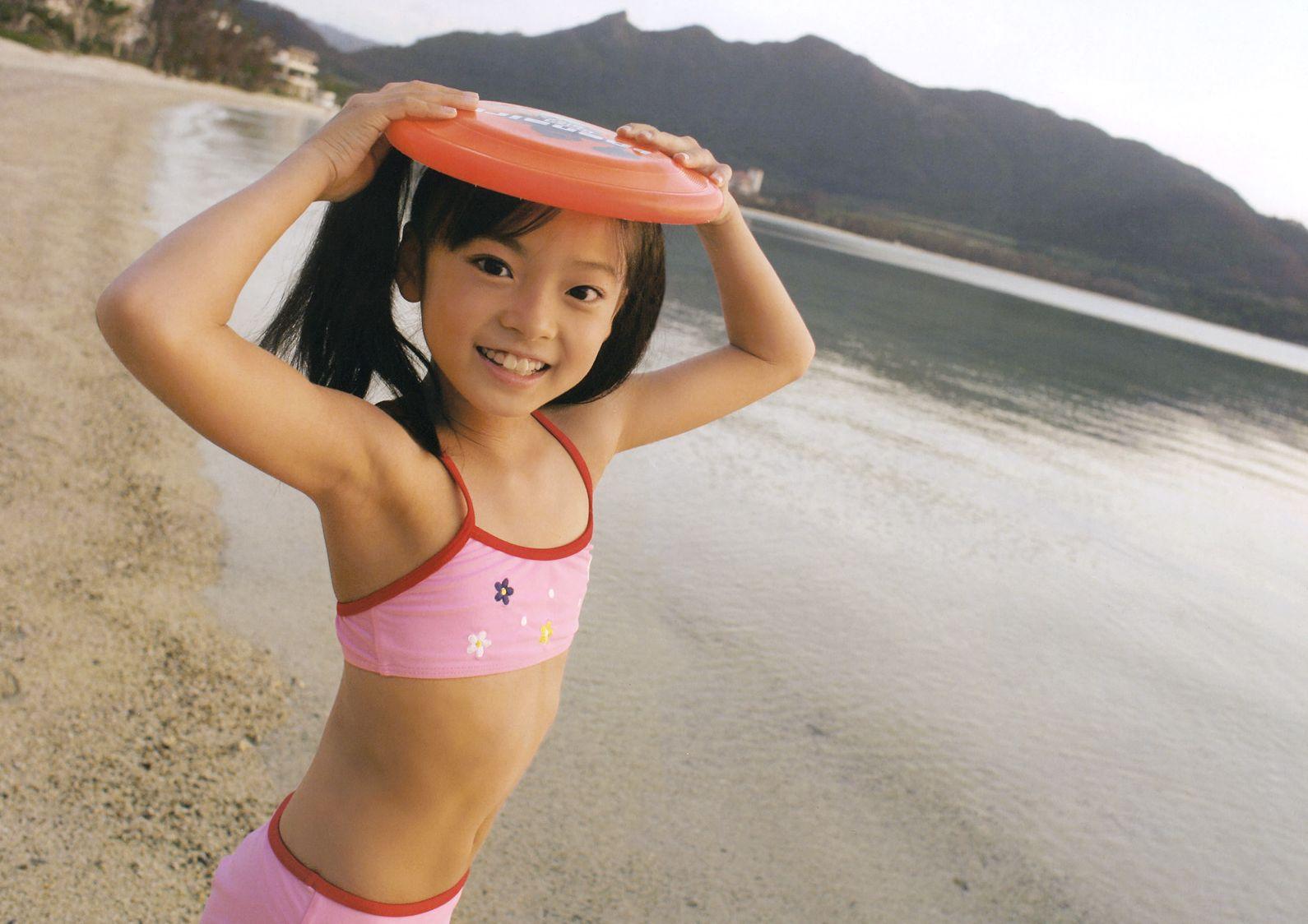 【Jrアイドル画像】これで勃起したらアウト!!童顔幼稚体型…天使みたいな笑顔が可愛いジュニアアイドルたちのグラビア画像 その14
