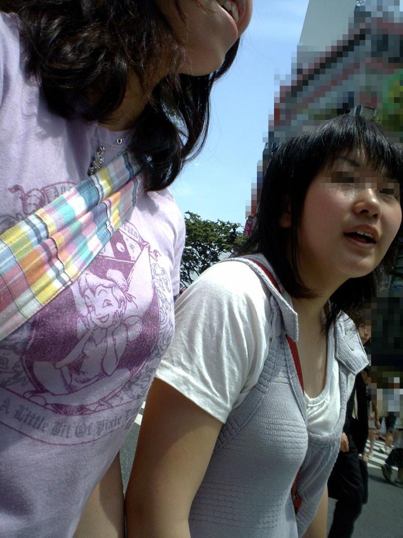 【街撮り画像】こういう女の子に欲情したらアウト…成長途中の幼い身体つきがガチで子供!?ロリコン判定に使えそうな街撮り画像 その3