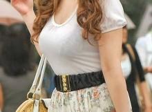 【着衣巨乳エロ画像】乳房の感触を揉んで確かめたくなる着衣巨乳ww街撮りされたデカパイ娘がエッチだなぁww