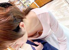 女のエロさが集約されたおっぱい!色気ぷんぷんの胸チラ画像がちょーシコれるwww