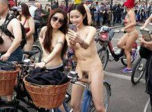すっぽんぽんでちょー楽しそう!!全裸サイクリングという神イベント画像がすげーwww